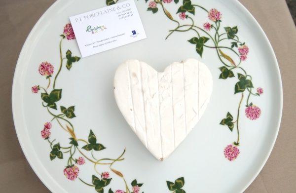 Plat à fromage porcelaine décoré main